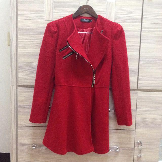 紅色騎士大衣