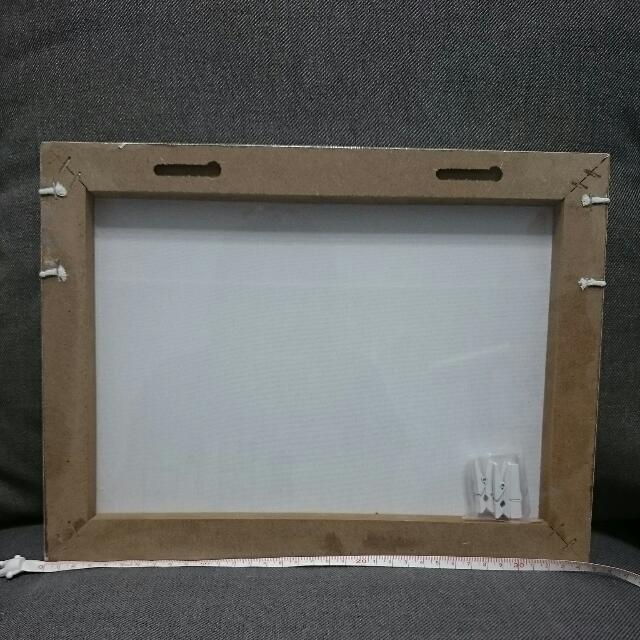 【全新】夾照片的相框 附四個白色木夾