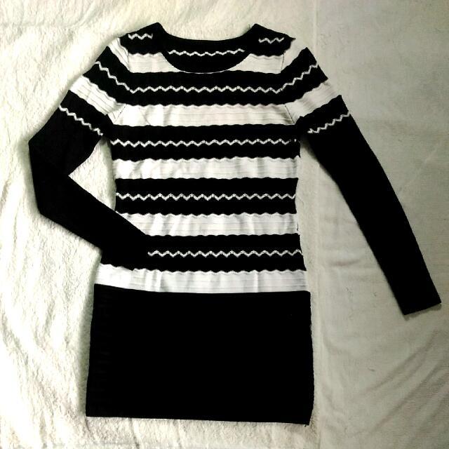 Black & White Long Sleeve Dress/Long Blouse