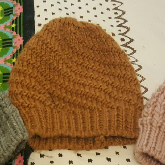 Brown Knited Beanie