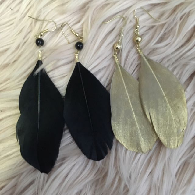 Feather Earrings (Black And Gold)