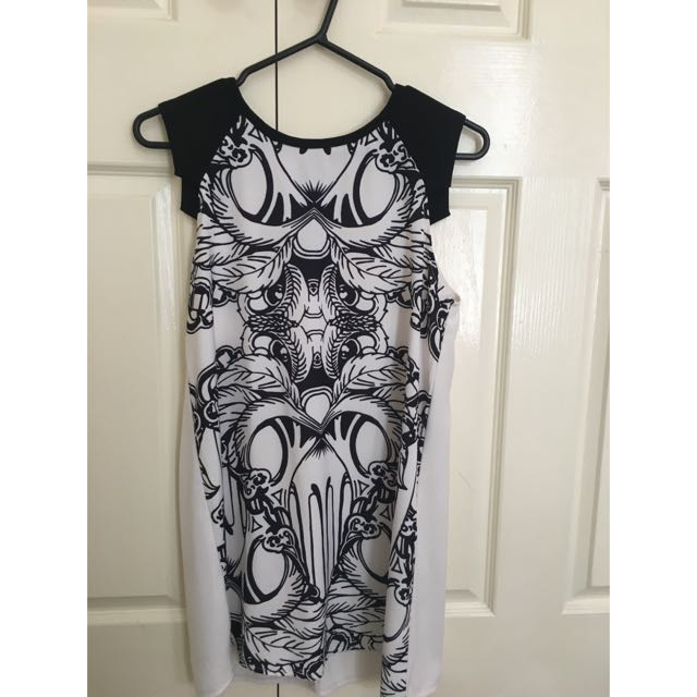 Flowy Black And White Printed Dress