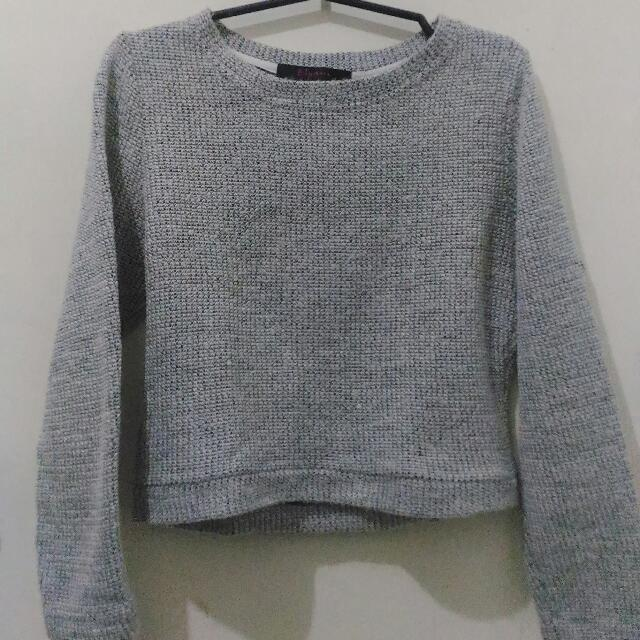 Gray Cropped Pullover