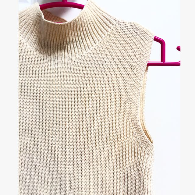 High Neck Knit Singlet