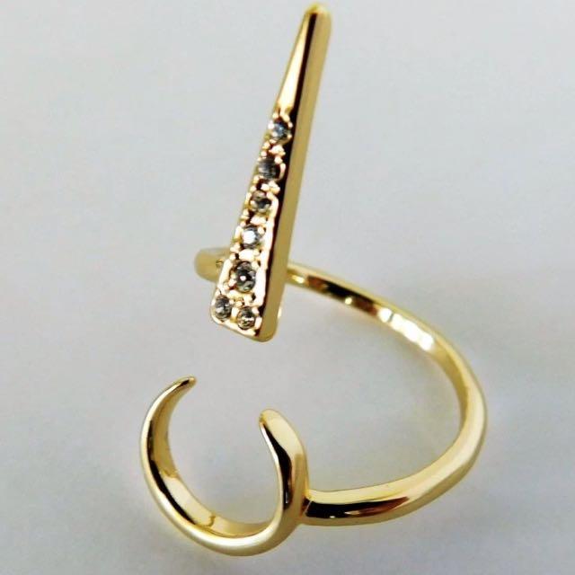 Luv AJ - Open Crescent Ring