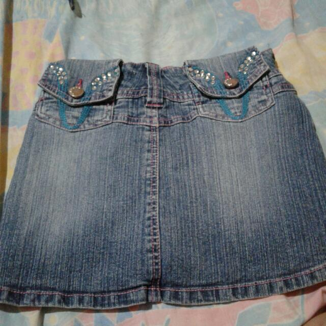 Maong Skirt Will Fit Kids 7-10 Rars Old