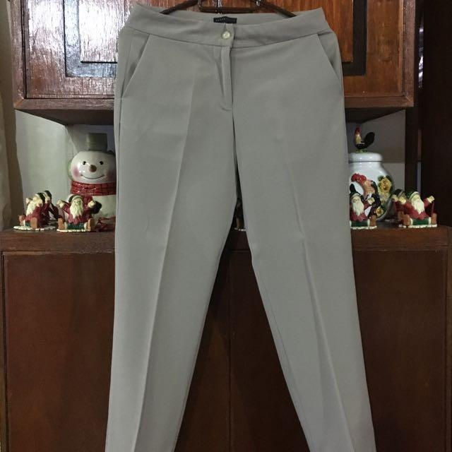 👱🏻♀️Paperdolls Khaki Office Pants