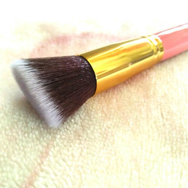 Pink And Gold #13 Make Up Brush