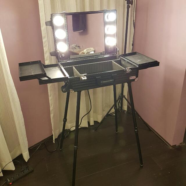 Portable Makeup Trolley With Legs