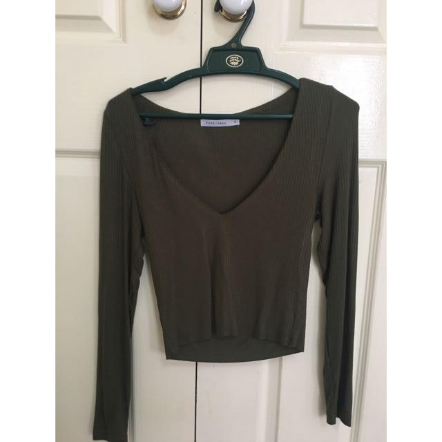 Pure basic Khaki Long-sleeve, V-neck