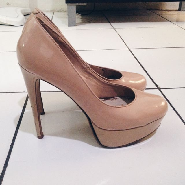 Steve madden heels (Authentic)