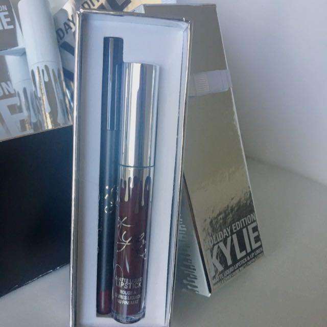 Vixen Lipkit By Kylie - Limited Holiday Collection