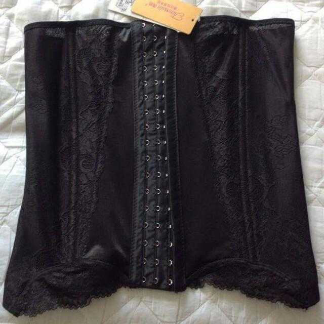 Waist Trainer With Lace