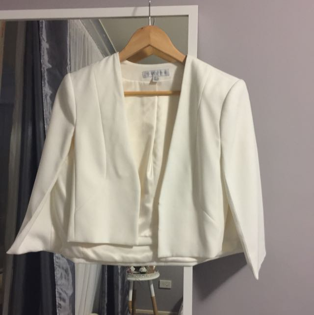 White Forever New Cropped Cape