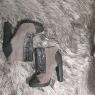 Women's Block Heel Boots