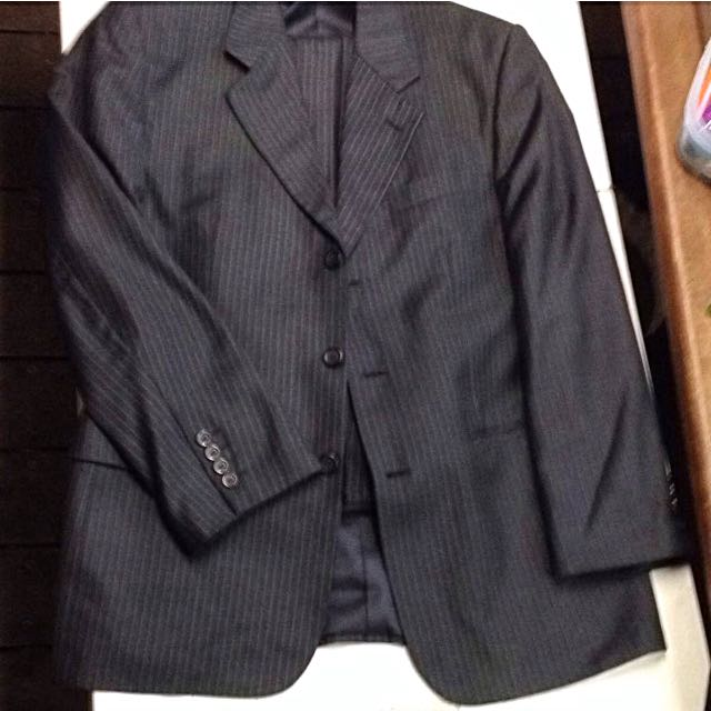 100% Australian Wool Jacket and Pants Dress Suit size 40