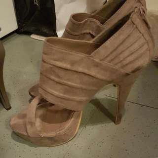 taupe shoes size 8