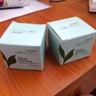 Mineral Botanica Brightening Day & Night Creams