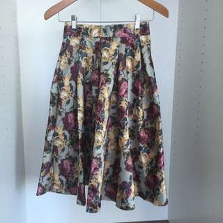 Purple Floral Midi Skirt With Zip Size Small