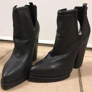 BRAND NEW/never worn Jeffrey Campbell's Booties