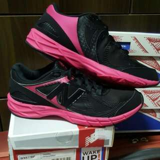 BN New Balance WX877BP In Black/Pink Color