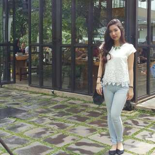 White Daisy Lace Top