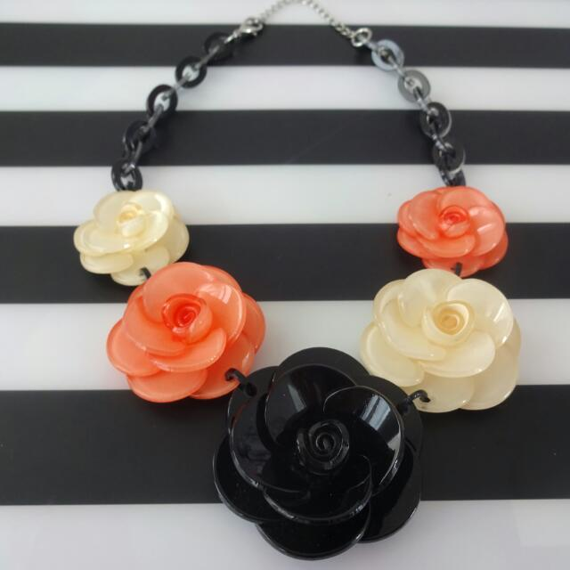 3 Tones Flower Necklace
