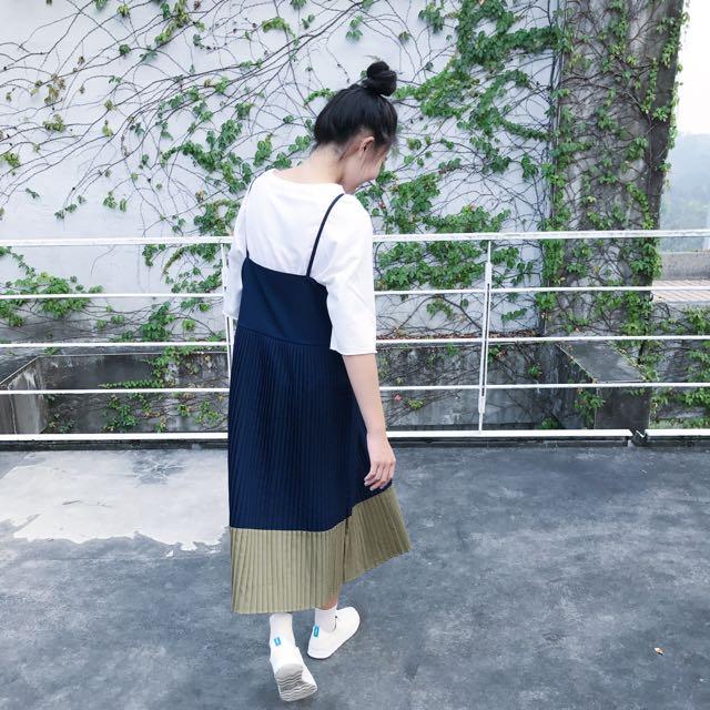 百摺裙擺撞色洋裝