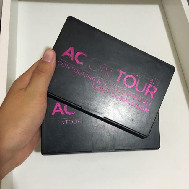 Australis Ac On Tour Contouring & Highlighting Kit Light Complexion
