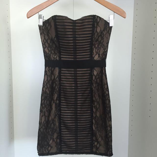 BCBG Maxazria Lace Dress Size 0