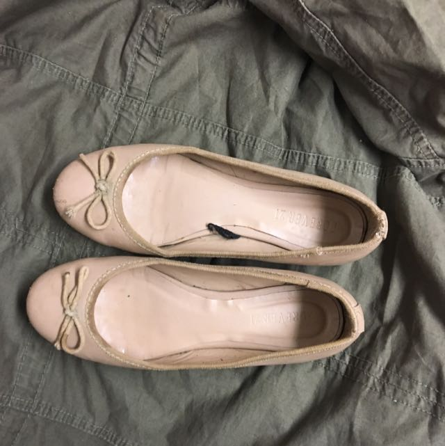 Beige Forever 21 Flats
