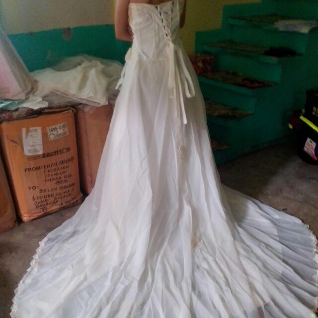 COMPLETE PACKAGE WEDDING GOWN!, Women\'s Fashion, Clothes on Carousell