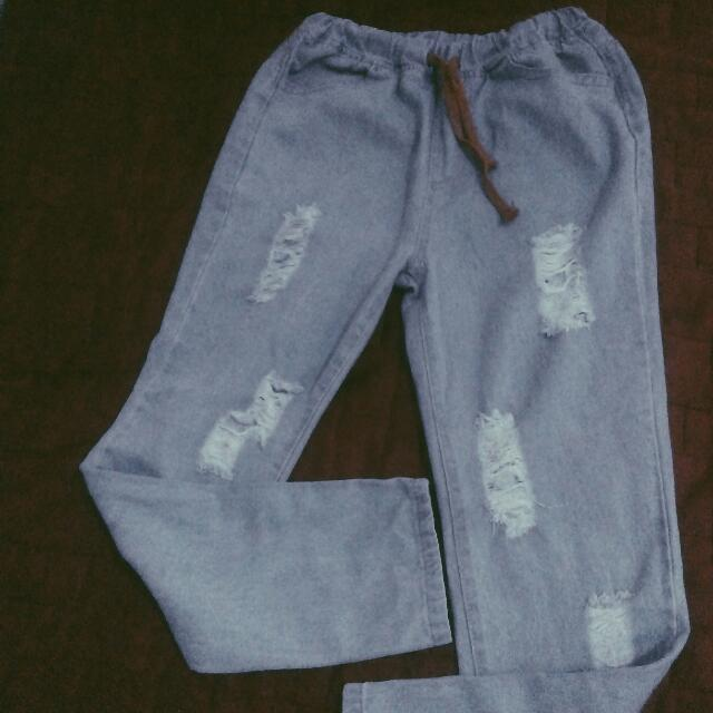 Denim ripped pants (garterized)