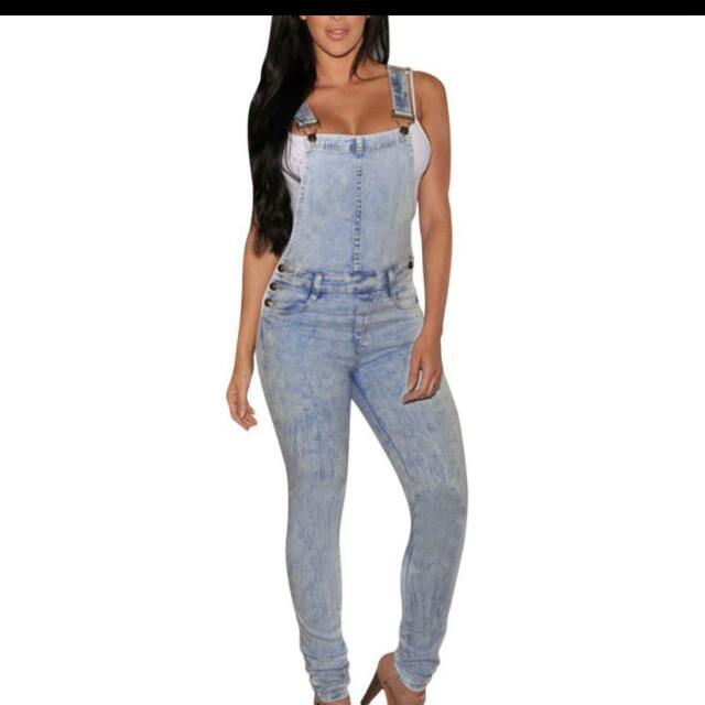 Gorgeous Brandnew With Tags Denim Overall, Skinny Leg, Crossover Back. Advertised Elsewhere