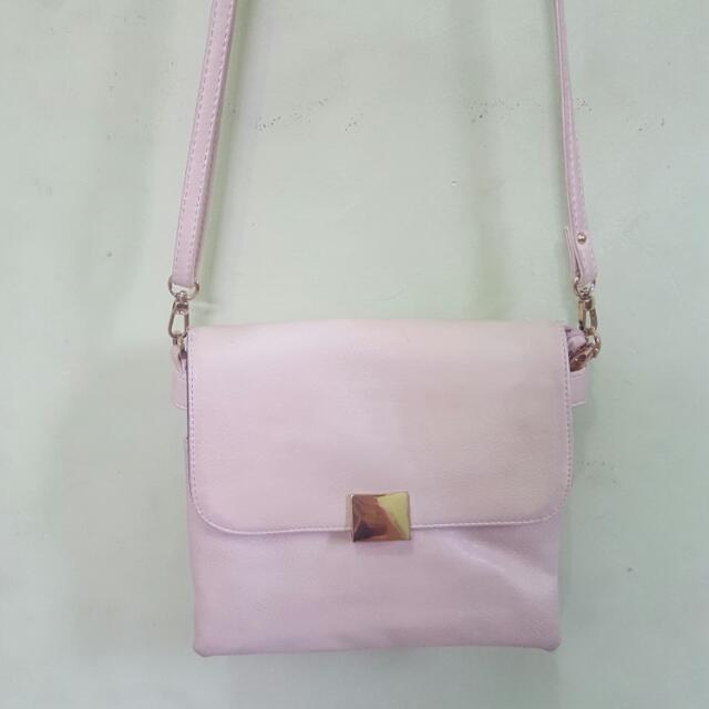 HANA sling bag (Creme)