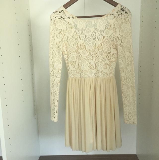 Lace Dress Cream Size 6