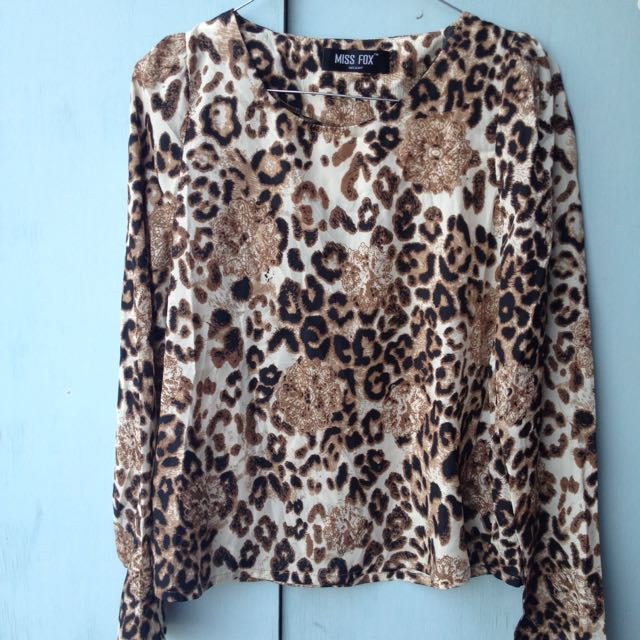 SALE!! Leopard top