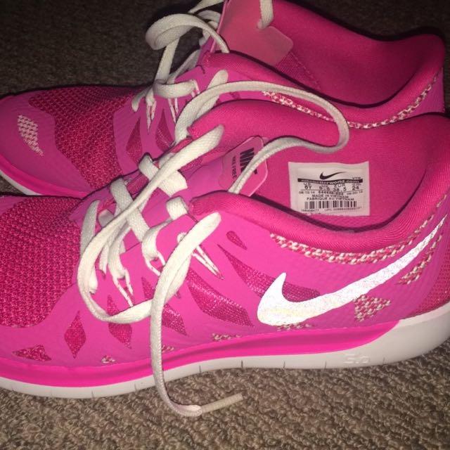 Nike Free Runs Pink