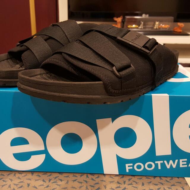 People 拖鞋 9.9新 9號無半號 US9.5上下尺寸可穿 ABC MART購入 原價2290元 少穿便宜出售