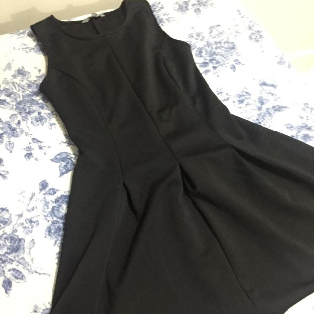 Pre loved 6xty 8ght dress (small size)