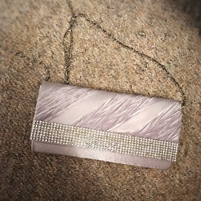 Silver Clutch With Chain