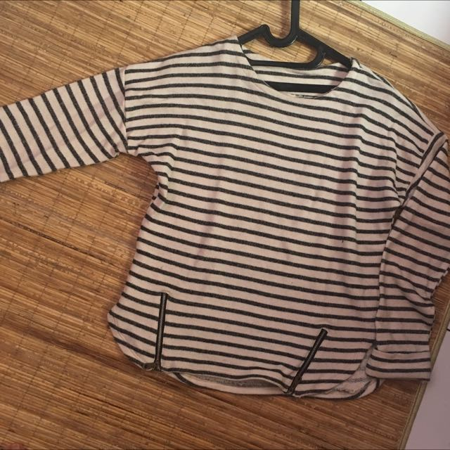 Stripe Top/sweater