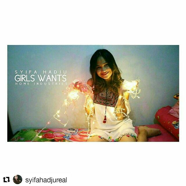 SYIFA HAJU wearing Our Best Seller Tumblr Lamp Warmwhite From Girlswants 💓