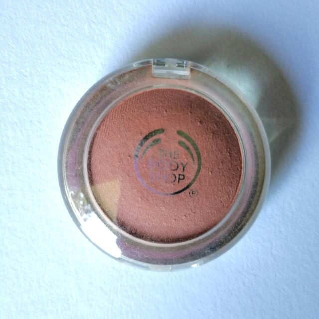The Body Shop All-in-One Cheek Colour Blush Shade: Amber