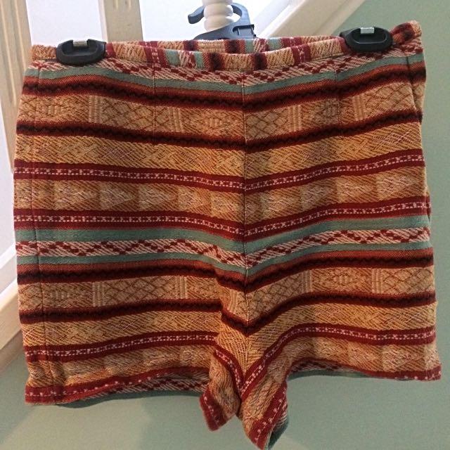 TIGERLILY Shorts s 10