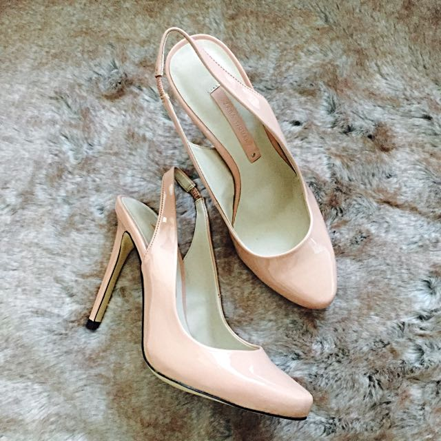 ZARA • Patent High Heels