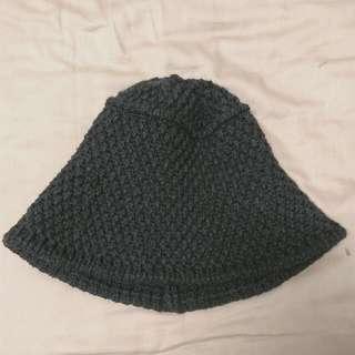 🚚 深灰粗針織漁夫帽