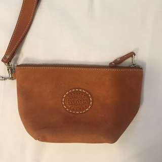 Roots Brown Leather Makeup Bag