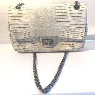 ✨Price Negotiable✨Vintage Chanel SnakeSkin Bag