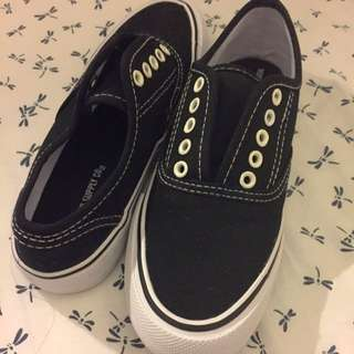 Mossimo Sneakers